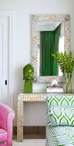 Chinoiserie Chic: Pink and Green Coastal Chinoiserie