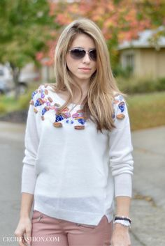White sweater outfit for fall and winter. Love the pants and the color is beautiful. Click through for details.