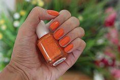esmalte essie laranja fear or desire