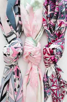 Nadire Atas on Hermes Scarves Vintage Scarfs: Hermés Les Pivoines Large Square Scarf and Pucci Geometric Scarves in Pink and Grey Scarf Display, Fabric Photography, Head Scarf Styles, Cowgirl Bling, Flatlay Styling, Scarf Design, Vintage Scarf, Scarf Hairstyles, Square Scarf