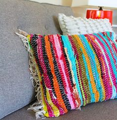 Diy rag rug pillow