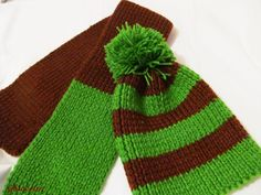 Set in doua culori Knitted Hats, Winter Hats, Knitting, Fashion, Moda, Tricot, Fashion Styles, Breien, Stricken