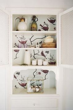 Unexpected Surprises - Wallpapered Kitchens That Wow - Photos