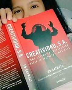 #Enganchada al 100%  Si diriges un equipo te lo recomiendo. Si diriges un equipo creativo lectura obligatoria. Y si no? Pues léelo igual te va a gustar!  #CreatividadSA #EdCatmull #lectura #nueva #meencanta #productivo #historiadegenios #motivador #pixar #alinfinitoymásallá #toyhistory