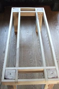 Pallet furniture plans step by step Pottery Barn 33 ideas, . - Pallet furniture plans step by step Pottery Barn 33 ideas, … Pallet furnitur - Woodworking Patterns, Easy Woodworking Projects, Diy Wood Projects, Fine Woodworking, Woodworking Workbench, Workbench Ideas, Woodworking Machinery, Workbench Top, Woodworking Classes