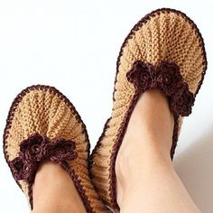 Home Slippers Purl and Knit ($$) ~ Knit on 2 needles. Necessary skils: k, p, sl, sl wyf, ssk, k2tog, k2tog tbl, m1.
