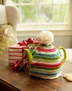 Warm Memories Tea Cozy   AllFreeKnitting.com