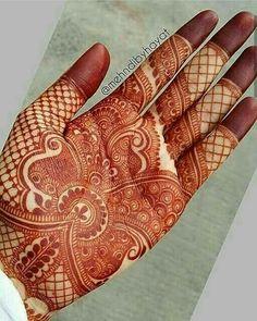 Beautifully detailed inspiration by Nashwah Khan ➖➖➖➖➖ /Henna by