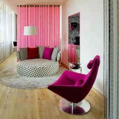 Theatrical Colors Defining Hotel Missoni Edinburgh: pink!