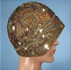 c. 1927 Gold Sequin Dinner Cloche