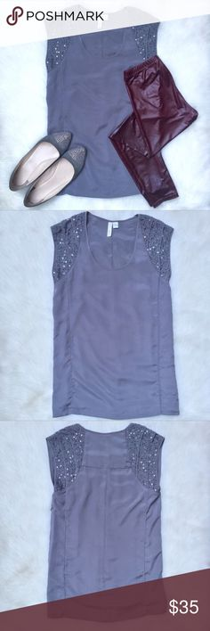 XS Wyatt Gray Embellished Sequin Top Blouse This gorgeous charcoal gray top has beading and sequins on the sleeves. Tunic length. It has a hidden side zipper and is in excellent condition! Wyatt Tops Blouses