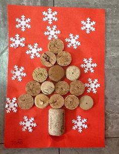 Natal                                                                                                                                                                                 Mais Christmas Gifts, Xmas, Gingerbread Cookies, Crafts For Kids, Kindergarten, Barn, Holiday Decor, Handmade Christmas Greeting Cards, Christmas Crafts