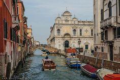 Thanks to @bartceuppens ��www.veneziapersempre.it ✔️ #Venezia #venessia #travel #venice #instavenice #lovevenice #viaggio #italy #veneto #ig_venezia #igersvenice #igersveneto #iloveitaly #beautifulitaly #igerslaguna #veniceforever #citybestpics #igersitalia #gondole #canal #lagunadivenezia #laguna #veneziadavivere #veneziapersempre #landscape_focus_on #visitVenezia #beautifuldestinations http://tipsrazzi.com/ipost/1511105265771392557/?code=BT4hjuohq4t