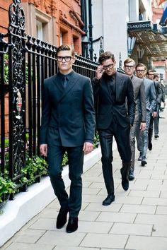 Este fin de semana arrancó la London Collections, una de las primeras citas fashionistas de este verano en lo que a moda masculina se refiere. Para aprovecha...