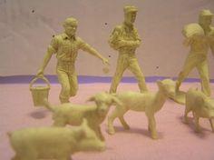 Vtg Marx Farm Barn Play Set Plastic Farmers  Animals 1950's 12 Pieces  No Wife #Marx