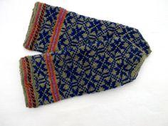 Hand knitted wool mittens gray blue mittens door peonijahandmadeshop