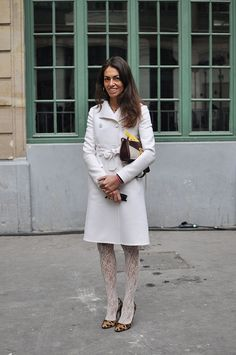 Vivs whassup yo? fab in winter whites. Paris. #VivianaVolpicella