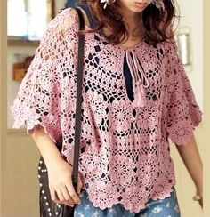 Crochet poncho/cape with circular flower motif, stunning openwork crochet! Crear un poncho a crochet More Great Looks Like This Blouse Au Crochet, Crochet Bolero, Poncho Au Crochet, Crochet Tunic Pattern, Pull Crochet, Diy Crochet, Crochet Top, Tutorial Crochet, Cape Pattern