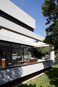 FOUNDSPACENZ — G House - Paz Gersh Architects Photography by Amit...