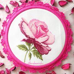 Pembe Gül Kanaviçe / Pink Rose Cross Stitch