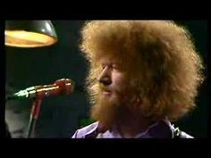 30 years ago, the great Irish singer Luke Kelly died. He was just 44 years of age. Folk Music, My Music, Irish Drinking Songs, Scottish Music, Irish Singers, Celtic Music, Celtic Thunder, Irish Celtic, Relaxing Music