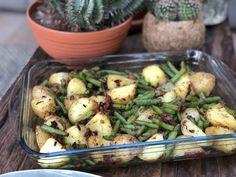Pittige sperziebonen ovenschotel - Familie over de kook Beauty Makeup Tips, Whey Protein, Kung Pao Chicken, Smoothie Recipes, Potato Salad, Food And Drink, Snacks, Vegetables, Ethnic Recipes