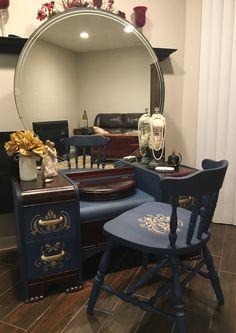 Art Deco Furniture, Paint Furniture, Furniture Makeover, Furniture Update, Table Furniture, Art Deco Dressing Table, Vintage Dressing Tables, Waterfall Furniture, Art Deco Vanity