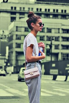 New York Streetstyle Super Disco Electric Mania - Zanita Studio Style Outfits, Summer Outfits, Cute Outfits, Fashion Outfits, New York Street Style, New York Style, Taylor Hill Style, Looks Style, 1970s