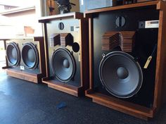 JBL restored to better than new with custom sub Photo - Canuck Audio Mart Monitor Speakers, Hifi Audio, Bluetooth Speakers, Audiophile Speakers, Equipment For Sale, Audio Equipment, Room Acoustics, Sound Speaker, Audio Room