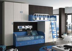 Habitación infantil compuesta pòr una litera tren con bajo armario de 2 puertas, cama compacta con 4 cajones, armario de 1 puerta y altillo de 2 puertas; con guardamiedos basculante y escalera ambos combinados.