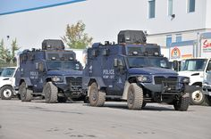 18 of these brand new International IHC armored Tactical vehicles/trucks were delivered to the Royal Canadian Mounted Police / Gendarmerie royale du Canada on July Note the Idealease trucks in the background. Police Truck, Police Cars, Army Vehicles, Armored Vehicles, Emergency Response Team, Armored Truck, Ottawa Ontario, Dodge Chrysler, Battle Tank