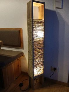 16 Beautiful DIY Wood Lamps is part of Wood table diy - You should ponder painting the wall For many easy rooms like the bedroom, laying a laminate floor could possibly be completed inside a few hours Wood Bedroom, Bedroom Lamps, Home Decor Bedroom, Home Decor Furniture, Diy Home Decor, Wood Home Decor, Rustic Table Lamps, Table Lamp Wood, Wooden Lamp