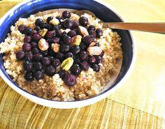 Quinoa Breakfast Bowl (vegan, GF)
