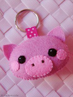 Fieltro Little piglet keychain                                                                                                                                                      Más                                                                                                                                                      Más