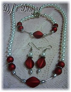Love the mixed metals/colors Beaded Jewelry, Jewelry Bracelets, Handmade Jewelry, Bead Necklaces, Jewlery, Jewelry Crafts, Jewelry Ideas, Diy Accessories, Beaded Embroidery