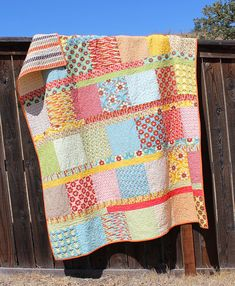 """Quilt pattern - Easy & fun Boho Chic quilt using a Layer Cake and some Jelly Roll strips, 64""""x70"""" - Instand download PDF"""