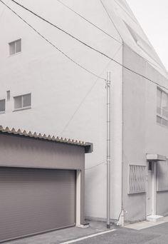 Net-covered house, Yushima, Tokyo | janvranovsky