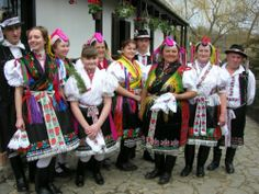 Nógrád county is the core of the Palóc ethnic region. In the streets of some old villages folk costumes are easy to spot. Many people have admired the varied and beautiful headdresses of the Palóc. Folk Costume, Costumes, Easter Festival, Hungary Travel, Hungarian Embroidery, 7 Continents, Folk Dance, Old World Charm, Popular