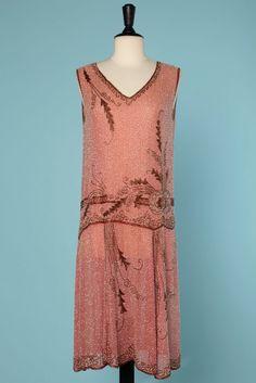 Robe 1925 en mousseline de coton rose perlée blanche et marron