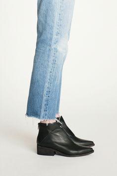 ac50814effe34 LD Tuttle - Black The Ash Boot BONA DRAG