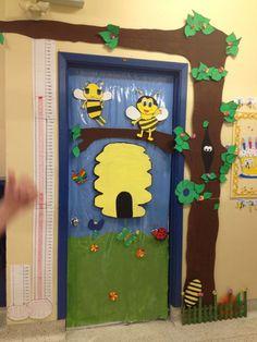 Preschool wall decor buy door decoration for ideas classroom decorations best of bee hive fa . Classroom Wall Decor, Jungle Theme Classroom, Classroom Walls, Classroom Themes, Classroom Window Decorations, Preschool Classroom, Wall Decorations, Class Decoration, School Decorations