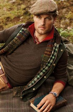 Ivy League Style | Fall, the season of deep and warm colors, patterns, corduroys, wool, waxed cotton, tweeds...