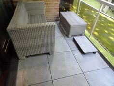 Balkon: keramische tegels 2 cm dik op verstelbare tegeldragers met zelf-nivellerende kop