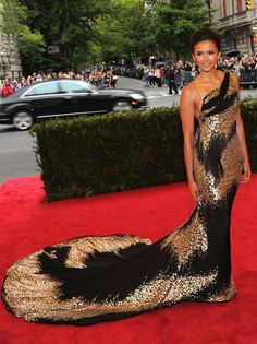 Nina Dobrev at the Met Ball. Girl knows how to work a train.