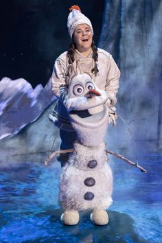 Inspired by the Olaf character puppet designed by Michael Curry, Frozen's happy snowman features a huggable form with snowflake detailing and coal buttons. Frozen On Broadway, Frozen Movie, Anna Frozen, Olaf Character, Elsa Olaf, Musical Theatre, Puppets, Jr, Snowman
