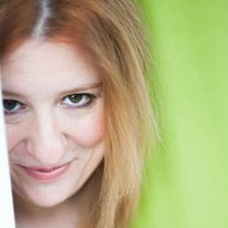 Licia Lanera, autrice e interprete di La beatitudine, in prima nazionale a Primavera dei Teatri 2015.