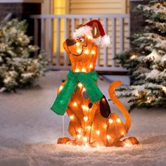 Scooby is pre-lit with 35 lights. Scooby's hat has fluffy trim and his scarf is a lush green. lead cord so you can place him wherever you'd like. Scooby-Doo, that beloved pup, is here to wish you, and the whole neighborhood, a very Merry Christmas. Scooby Doo Images, Scooby Doo Pictures, Christmas Decoration Items, Outdoor Christmas Decorations, Scooby Doo Toys, Scooby Doo Mystery Incorporated, Oriental, Christmas Home, Merry Christmas