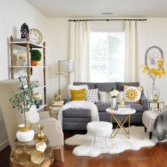 Must-Haves for a Busy Entertaining Season in a Small Space — 2 Ladies & A Chair : lovely neutral living room Living Room Grey, Small Living Rooms, Living Room Sets, Living Room Chairs, Living Room Designs, Living Room Decor, Apartment Interior, Living Room Interior, Home Decor Bedroom
