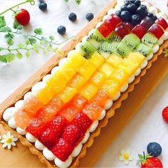 Most up-to-date Cost-Free fruit cake tart Tips - yummy cake recipes Beautiful Fruits, Beautiful Desserts, Bolo Original, Fun Desserts, Dessert Recipes, Tart Recipes, No Bake Cake, Cake Decorating, Sweet Treats