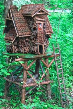 Fairy House - inspiration only - from Fairy Garden tour at AnnMarieGarden - #fairy #house #garden #gardening #miniature #crafts #DIY #whimsical tå√